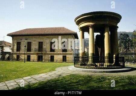 Gernika, 'Casa de Juntas' (basque parliament and 'ruins' of the historical burned tree. - Stock Photo