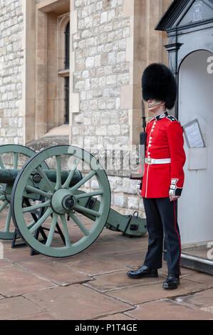 The sentry of the Jewel House at Waterloo Block building, venue for the Crown Jewels Exhibition, inside Tower of London, England, UK - Stock Photo
