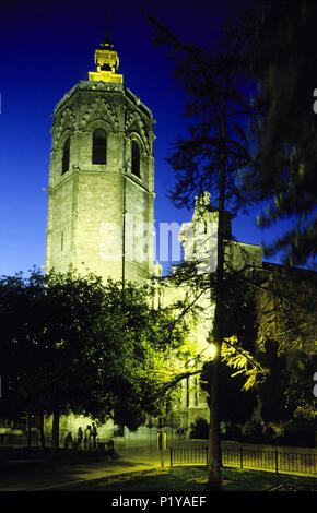 Cathedral; Micalet / Miguelete tower illuminated by night. - Stock Photo