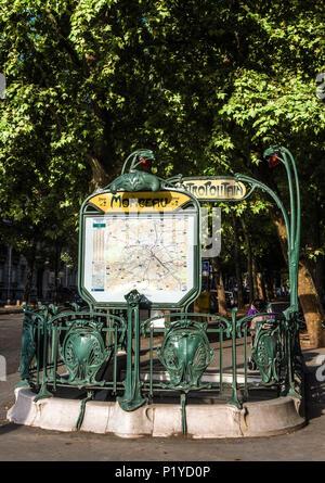 France, Ile de France, Paris, 17th district, Monceau metro station