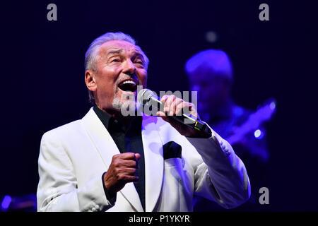 Karel Gott, singer, concert - Stock Photo