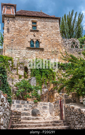 France, Lot, Causses du Quercy regional natural park, Rignault Museum in St Cirq-Lapopie, labelled 'Most Beautiful Village in France' - Stock Photo