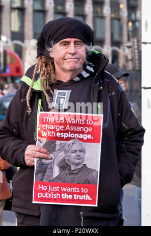 Protest through Central London asking for a stop to the bombing in Syria 29 April 2018 - Stock Photo