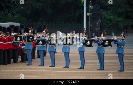 7 June 2018, London, UK. British Army Beating Retreat evening military music spectacular in Horse Guards Parade. Credit: Malcolm Park/Alamy - Stock Photo