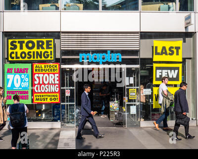 Maplin's Electronic Store Closing Down, City of London, London, England, UK, GB. - Stock Photo