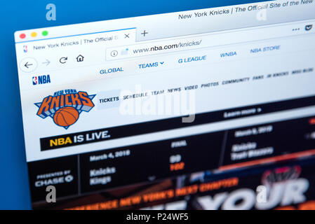 LONDON, UK - MARCH 5TH 2018: The homepage of the official website for the New York Knicks - the American professional basketball team, on 5th March 20 - Stock Photo
