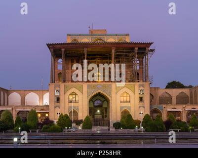 Ali Qapu Palace in Isfahan at daybreak - Stock Photo
