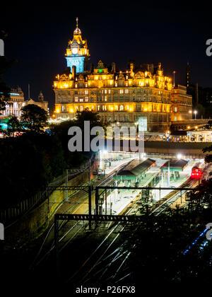 Waverley railway station, Edinburgh, Scotland, Great Britain, Europe - Stock Photo