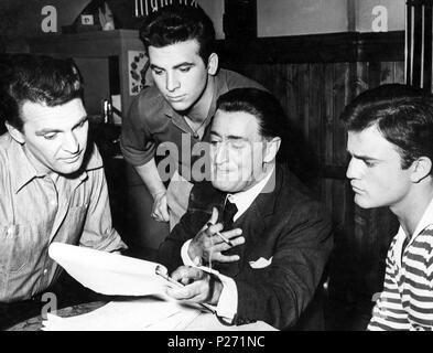 Original Film Title: RACONTI ROMANI.  English Title: ROMAN TALES.  Film Director: GIANNI FRANCIOLINI.  Year: 1955.  Stars: TOTO. Credit: CORMORAN FILMS / Album - Stock Photo
