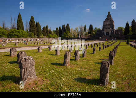 Crespi d'Adda, Bergamo district, Lombardy, Italy. View of the cemetery - Stock Photo
