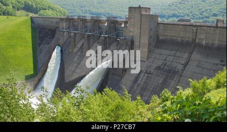 Kinzua Dam in Warren County, Pennsylvania - Stock Photo