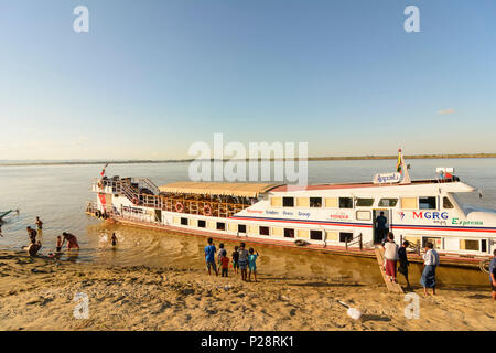 Bagan, Irrawaddy (Ayeyarwady) River, passenger ship, Mandalay Region, Myanmar (Burma) - Stock Photo