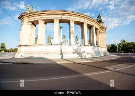 Heroes square in Budapest - Stock Photo
