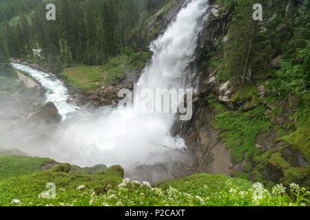 Die Krimmler Wasserfälle im Nationalpark Hohe Tauern, Krimml, Salzburg, Österreich  |  The Krimml Waterfalls in the High Tauern National Park, Krimml, - Stock Photo
