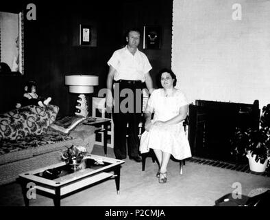 Elvis Presley mother, Gladys Presley, and his father Vernon Presley in their home at Audubon. - Stock Photo