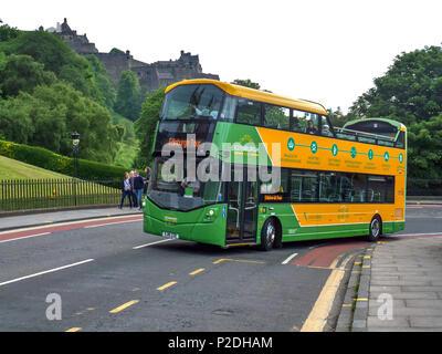 A sightseeing bus on the Mound, Edinburgh, Scotland, United Kingdom. - Stock Photo