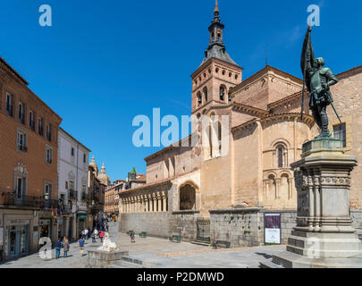 Segovia, Pain. Plaza de San Martin, church of San Martin and statue of Juan Bravo, Segovia, Castilla y Leon, Spain - Stock Photo