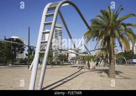 SPAIN - Catalonia - Barcelonés (district) - Barcelona. Barcelona (capital); Parc Diagonal Mar (Sant Martí / Poble Nou). - Stock Photo