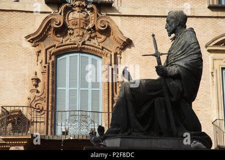 SPAIN - La Huerta de Murcia (district) - MURCIA. Murcia (capital); Palacio Episcopal y estatua del Cardenal Belluga en la (plaza) Glorieta de España. - Stock Photo