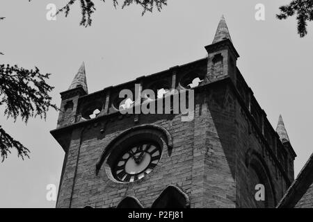 A 150 years old clock mounted on top of the Church of England or Christ Church, Himachal Pradesh, Kasauli, India. - Stock Photo