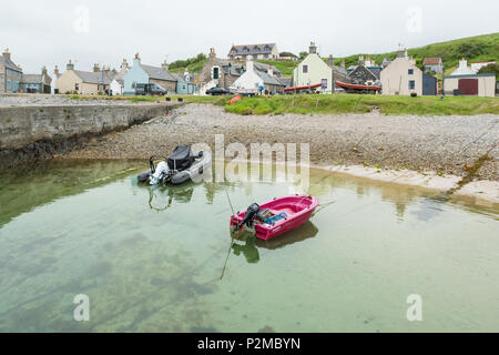 Sandend harbour.  Sandend is an old fishing village on the Moray Firth Coast, Aberdeenshire, Scotland, UK - Stock Photo