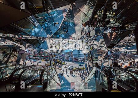 Mirror wall at entrance of Tokyu Plaza Omotesando, Shibuya-ku, Tokyo, Japan - Stock Photo
