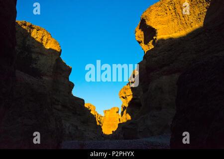 Sesriem Canyon, Sossusvlei, Namib-Naukluft National Park, southern Narim Desert, Hardap Region, Namibia