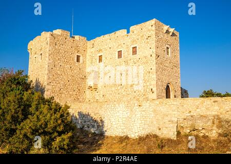 Greece, Samos island, Pythagoreion built on the remains of a former fortified town, a UNESCO World Heritage site, 19th century Lykourgos Logothetis castle, name of a local leader of the Revolution against the Turks (1824) - Stock Photo