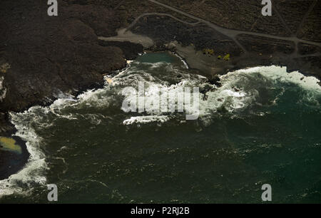 Pahoa, Hawaii, USA. 6th June, 2018. Most of the Kapoho area including the tide pools is now covered in fresh lava as the Kilauea Volcano lower east rift zone eruption continues on Wednesday, June 6, 2018, in Hawaii. Photo by L.E. Baskow/LeftEyeImages Credit: L.E. Baskow/ZUMA Wire/Alamy Live News - Stock Photo