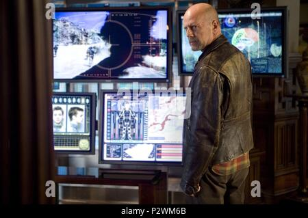 Original Film Title: SURROGATES.  English Title: SURROGATES.  Film Director: JONATHAN MOSTOW.  Year: 2009.  Stars: BRUCE WILLIS. Credit: TOUCHSTONE PICTURES / Album - Stock Photo