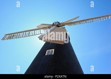 Burgh-le-Marsh Five Sailed Windmill, Lincolnshire, UK - Stock Photo