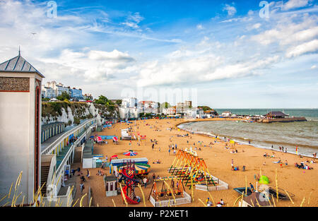 people enjoying summer on the beach at viking bay, Broadstairs, Kent, England - Stock Photo