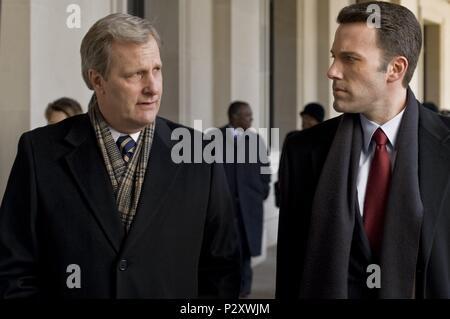 JEFF DANIELS & BEN AFFLECK STATE OF PLAY (2009 Stock Photo ...