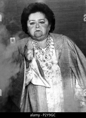 Original Film Title: POLTERGEIST III.  English Title: POLTERGEIST III.  Film Director: GARY SHERMAN.  Year: 1988.  Stars: ZELDA RUBINSTEIN. Credit: M.G.M. / WILLIAMS, DEAN / Album - Stock Photo