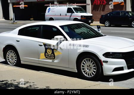 Indianapolis, Indiana, USA. An Indiana State Police cruiser parked in front of the state capitol building in downtown Indianapolis. - Stock Photo