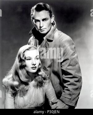 Original Film Title: THIS GUN FOR HIRE.  English Title: THIS GUN FOR HIRE.  Film Director: FRANK TUTTLE.  Year: 1942.  Stars: ALAN LADD; VERONICA LAKE. Credit: PARAMOUNT PICTURES / Album - Stock Photo