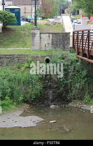 Scenic and historic Illinois Michigan canal in Lemont, Illinois. - Stock Photo