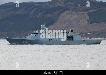 KDM Niels Juel (F363), an Iver Huitfeldt-class frigate operated by the Royal Danish Navy, passing Gourock at the start of Exercise Joint Warrior 18-1. - Stock Photo
