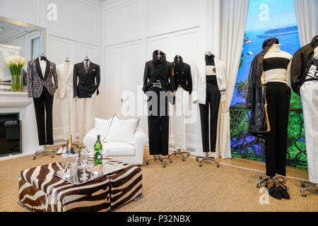 Milan, Italy. 16th June, 2018. Milan fashion man spring ...