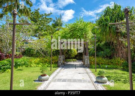 The lush grounds of the Shangri La Rasa Ria Hotel and Resort in Kota Kinabalu, Borneo, Malaysia - Stock Photo