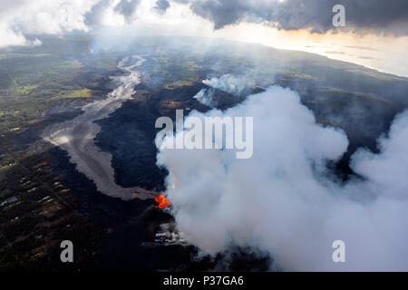 Aerial view of the eruption of the volcano Kilauea on Hawaii, in the picture Fissure 8, May 2018 - Stock Photo