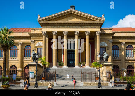 View of the Teatro Massimo in Palermo, Sicily, Italy - Stock Photo