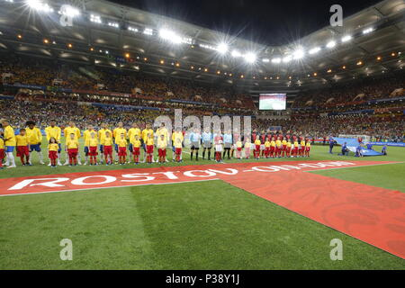 Rostov On Don, Russia. 17th June, 2018. ROSTOV-ON-DON, RUSSIA - JUNE 17, 2018: The national football teams of Brazil (L) and Switserland before the kick off of their First Stage Group E football match at Rostov Arena at FIFA World Cup Russia 2018. Valery Matytsin/TASS Credit: ITAR-TASS News Agency/Alamy Live News - Stock Photo