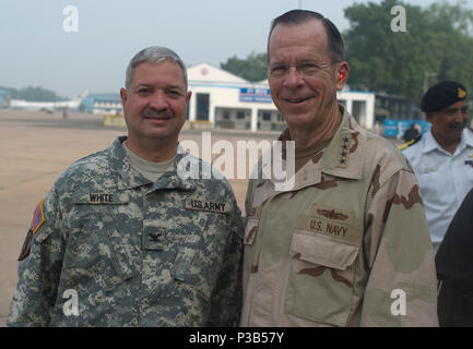 Adm. Mike Mullen, chairman of the Joint Chiefs of Staff visits Islamabad, Pakistan on July 24, 2010. (DoD - Stock Photo