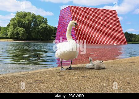 The Mastaba Hyde Park 18/6/2018 - Stock Photo