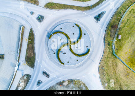Kreisverkehr von oben, Luftaufnahme - Stock Photo