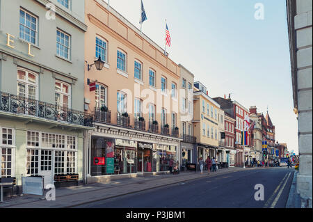 Windsor, UK - April 2018: Restaurant, bar, and souvenir shop on River Street in downtown Windsor, Berkshire, England - Stock Photo