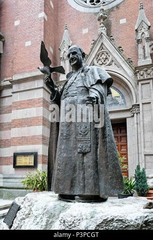 ISTANBUL, TURKEY - MAY 25 : Statue of Pope John XXIII outside the Church of St. Anthony of Padua in Istanbul Turkey on May 25, 2018 - Stock Photo