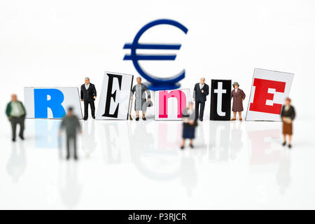 Miniature figures, pensions lettering and Euro Sign, Miniaturfiguren, Rente-Schriftzug und Eurozeichen - Stock Photo