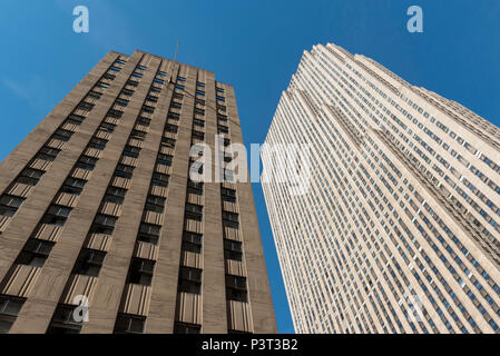 30 Rockefeller Plaza (Comcast Building), Rockefeller Center, Manhattan, New York City, USA - Stock Photo